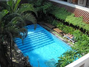 Bali Sorgawi Hotel Бали - Бассейн