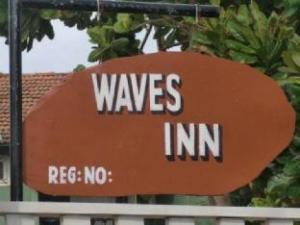 Waves Inn