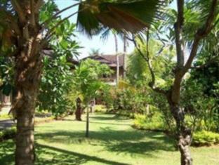 람부탄 러비나 호텔 발리 - 정원