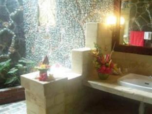 람부탄 러비나 호텔 발리 - 화장실