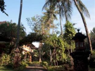 Rambutan Lovina Hotel Бали - Фасада на хотела