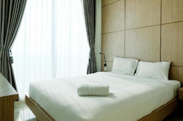 Comfortable 1BR Tree Park Apartment By Tarvelio Tangerang