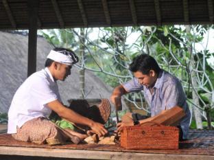 Komaneka at Tanggayuda Ubud Bali - Wood Carving