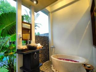 Kajane Mua Villas Bali - Bathroom