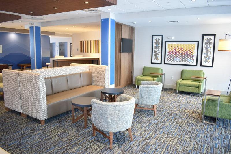 Holiday Inn Express And Suites Boston South   Randolph