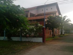 Long Chau Motel