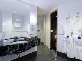 Radisson Blu Royal Hotel Helsinki Helsinki - Bathroom