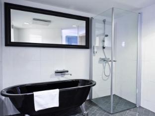 Radisson Blu Royal Hotel Helsinki Helsinki - Presidential Suite's Bathroom