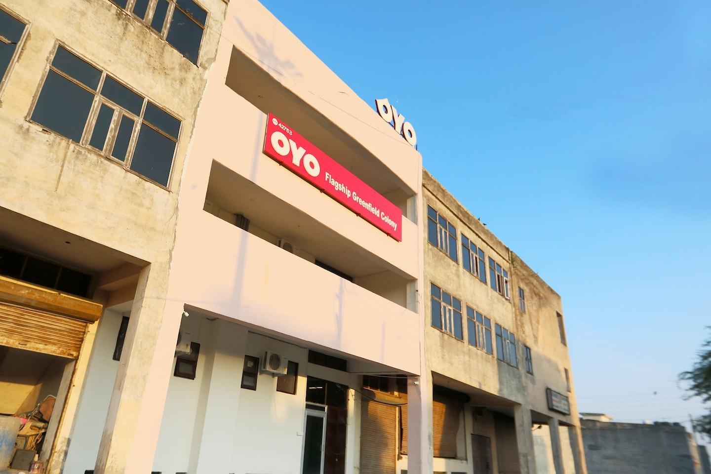 OYO 266 TownHouse UC Collect O Block B Greenfield Colony