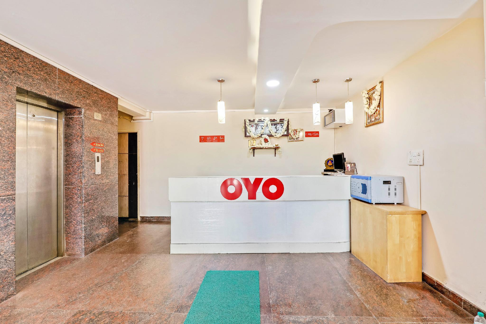 OYO 30567 Karthik Residency