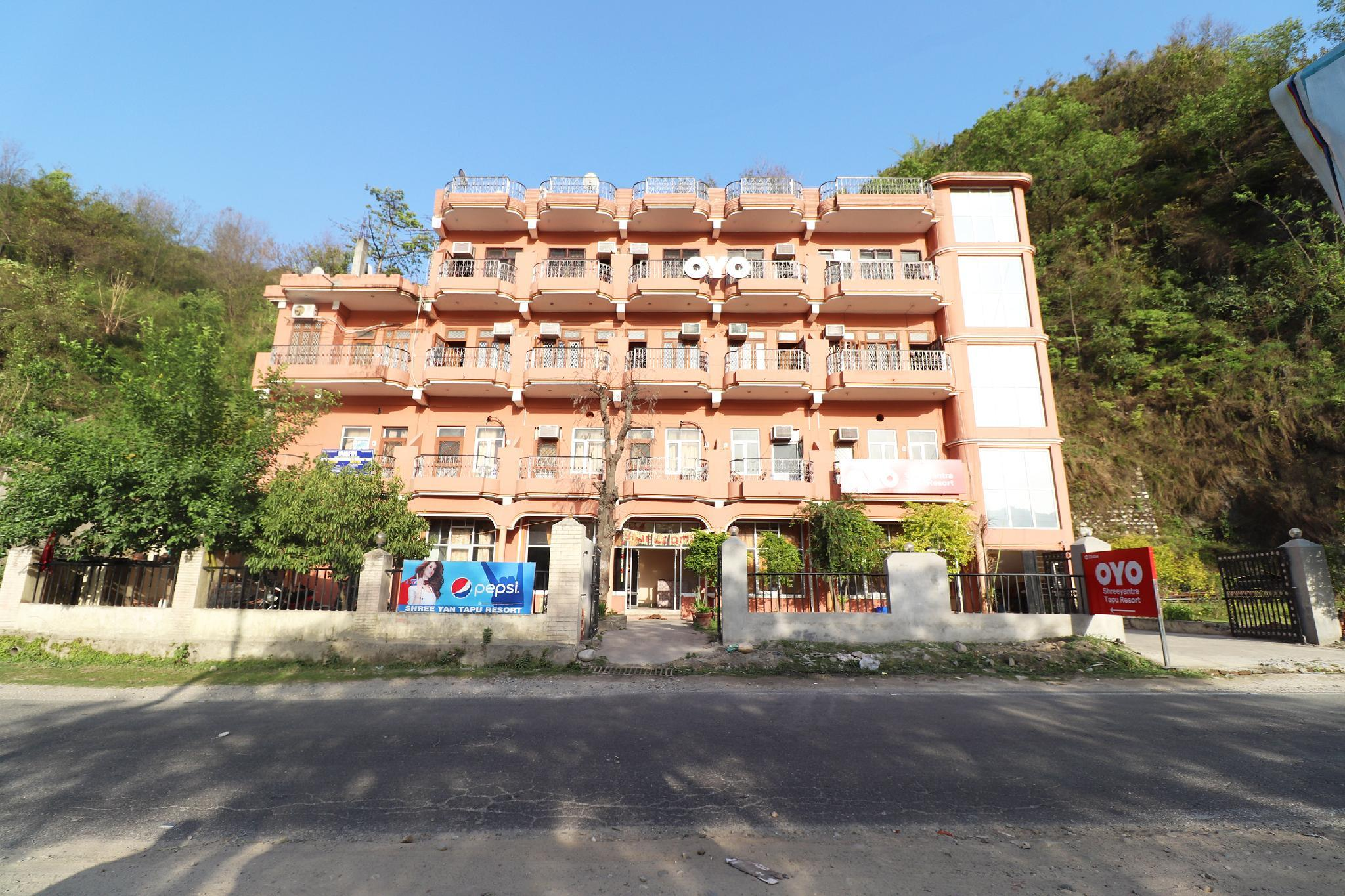 OYO 33404 Shreeyantra Tapu Resort