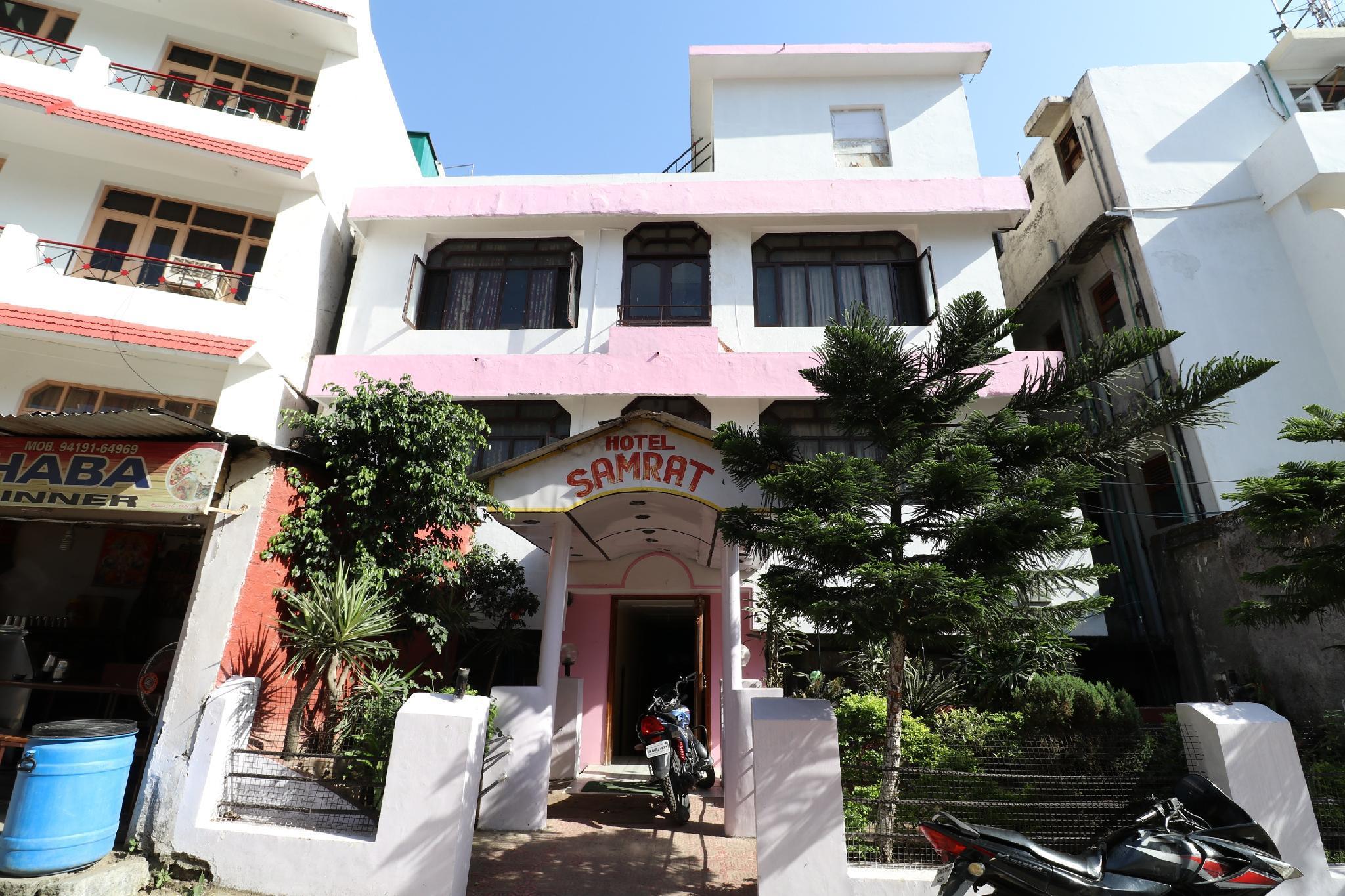 SPOT ON 39348 Hotel Samrat