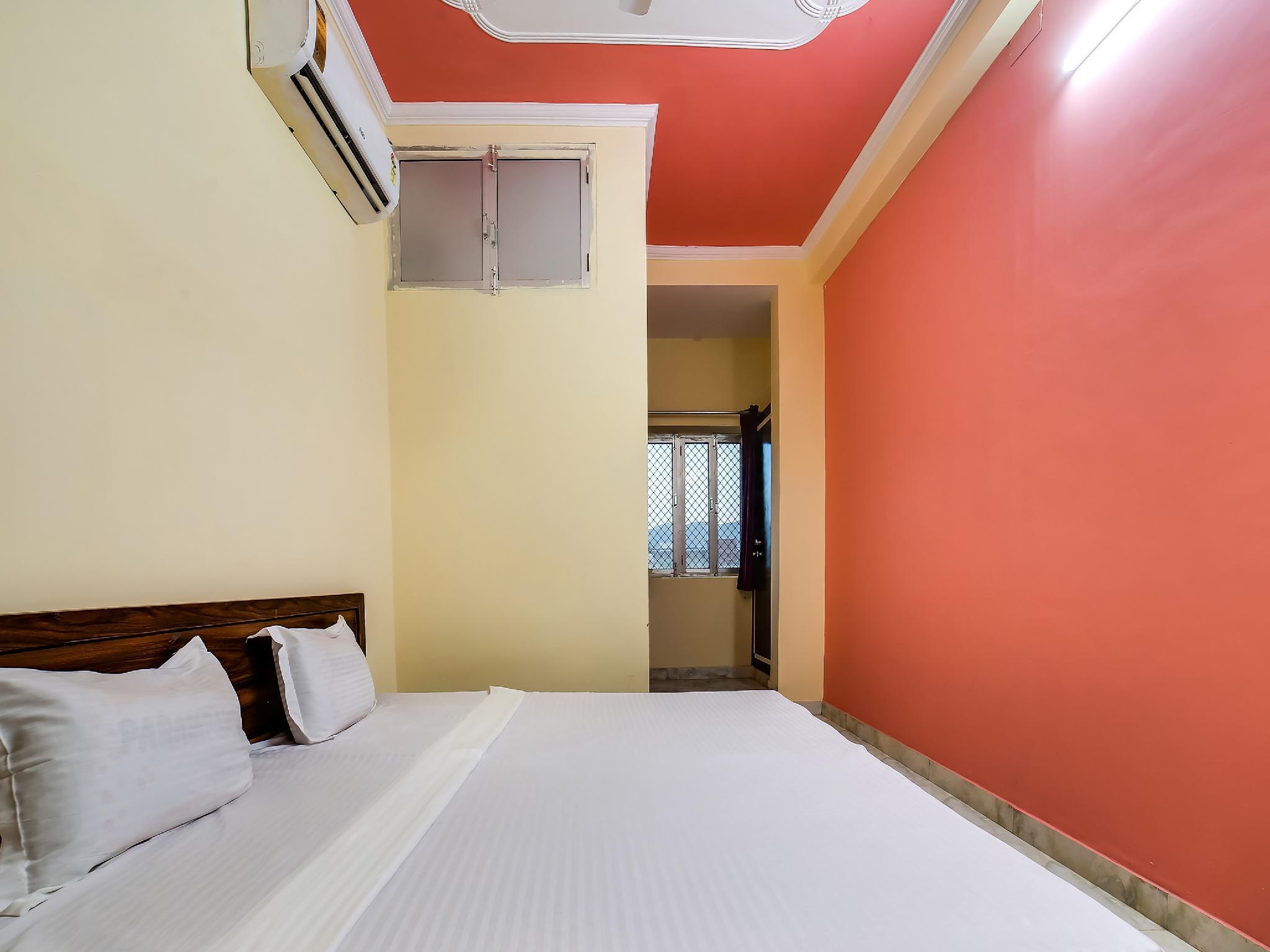 SPOT ON 36052 Hotel Sapphire