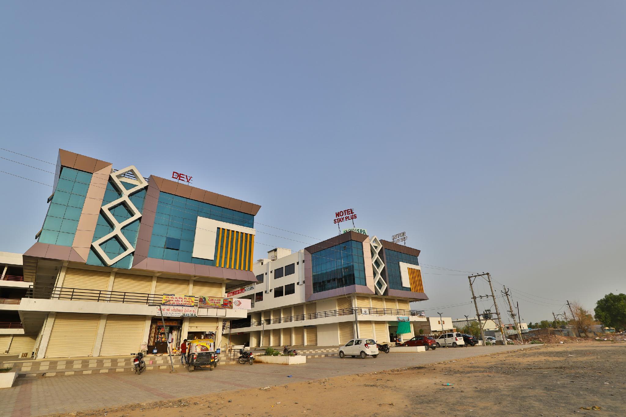 Capital O 38789 Hotel Stay Plus