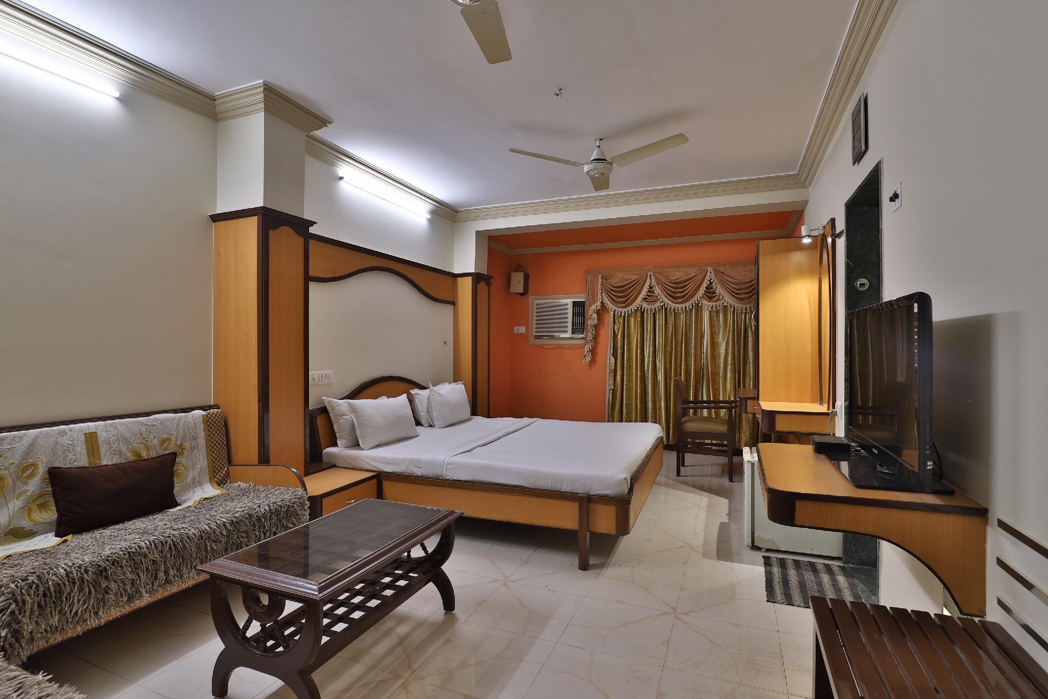 SPOT ON 38644 Hotel Jeevandhara