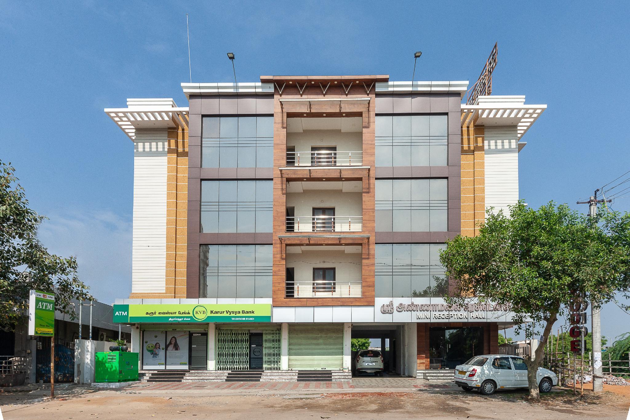 OYO 37437 Shri Annamalai Residency