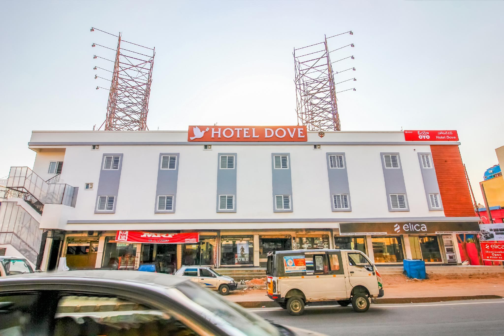 OYO 23323 Hotel Dove