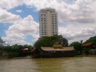 Khunying Riverside Residence