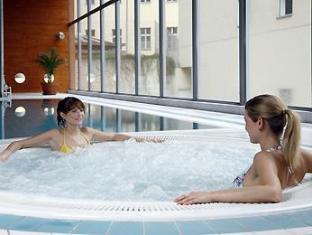 Novotel Praha Wenceslas Square Hotel Prague - Swimming Pool
