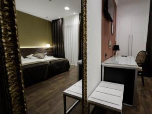 Moderno Hotel Barcelona - Gastenkamer