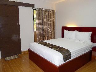 picture 2 of Rovic's Tourist Hotel