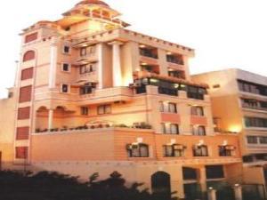 Rutu Gandh Heritage Hotel