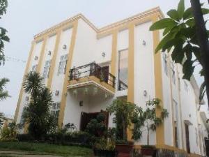 อินดีเพนเดนซ์ วิลลา (Independence Villa)