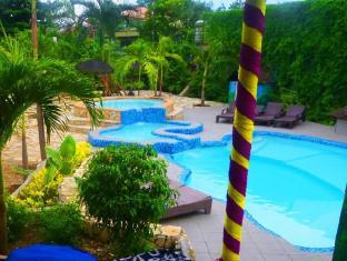 Alta Cebu Resort Mactan Island - New Amphitheater Pool