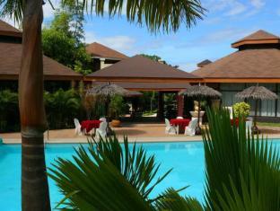 Alta Cebu Resort Остров Мактан - Бассейн