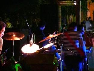 Alta Cebu Resort Mactan Island - Frequent Live Entertainment