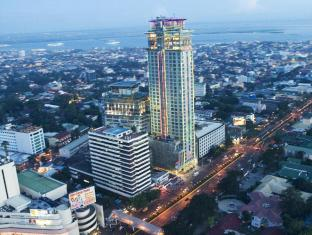 Crown Regency Hotel & Towers Kota Cebu