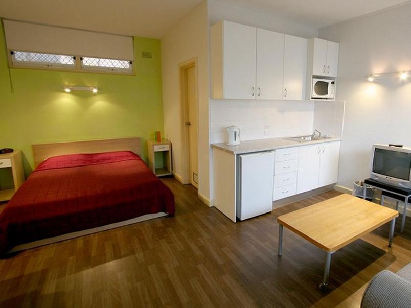 port stephens day tour from sydney including 4wd. Black Bedroom Furniture Sets. Home Design Ideas
