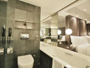 The Mira Hotel Hong Kong - Bathroom