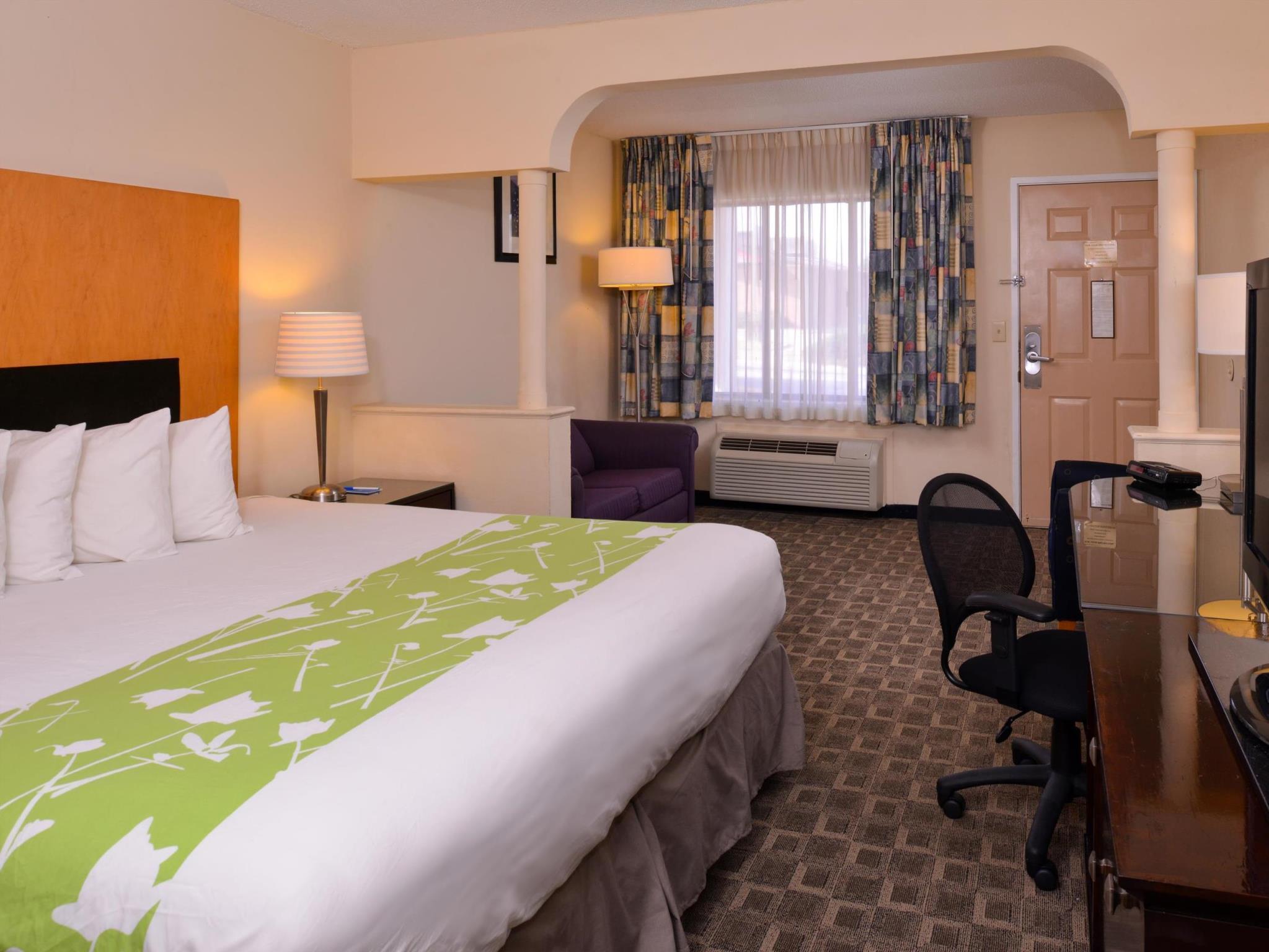 SureStay Plus Hotel By Best Western Fayetteville