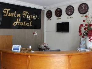 Twin Tiger Hotel