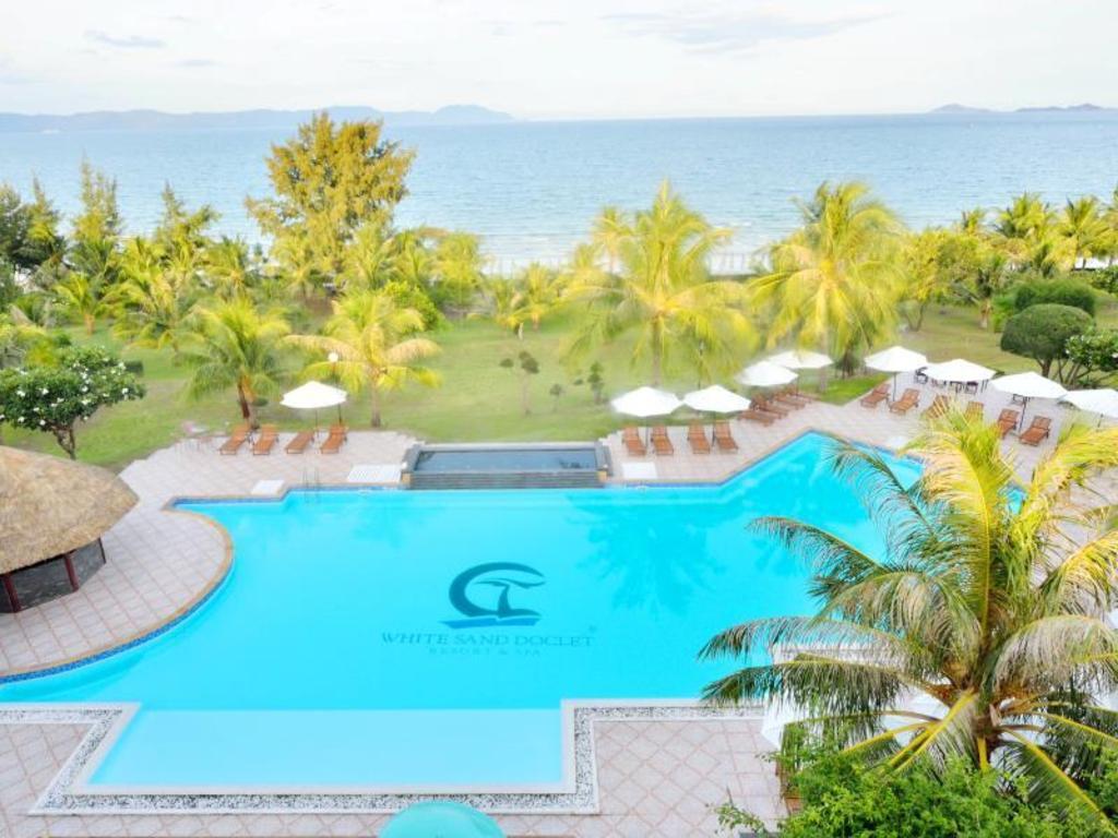Scuba Diver Hotel Nha Trang - White Sand Doc Let Beach