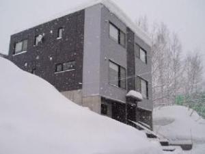 關於粉港公寓 (Powder Haven Apartments)