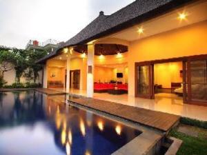 Oval Villa