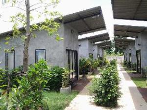Pran River View Resort