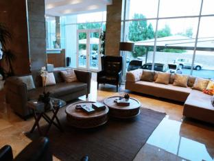/the-crown-luxury-suites-fintas/hotel/kuwait-kw.html?asq=GzqUV4wLlkPaKVYTY1gfioBsBV8HF1ua40ZAYPUqHSahVDg1xN4Pdq5am4v%2fkwxg