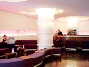库达姆101酒店 柏林 - 酒吧/休闲厅