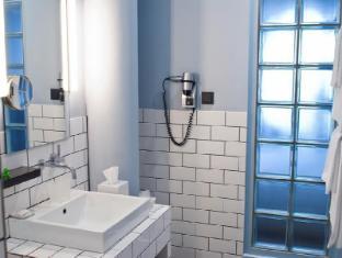 库达姆101酒店 柏林 - 卫浴间