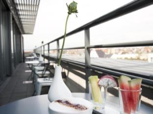 库达姆101酒店 柏林 - 阳台/露台
