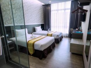 英德拉酒店
