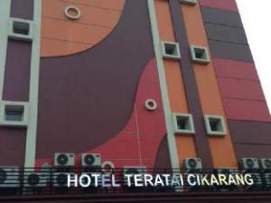西卡朗莲花酒店 (Hotel Teratai Cikarang)