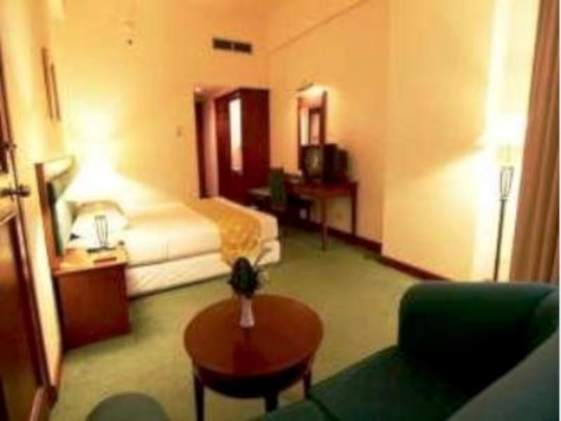 Banua Makassar Hotel 4
