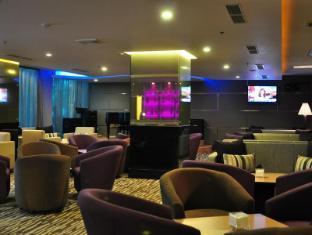 Emerald Garden Hotel Medan - Lobby