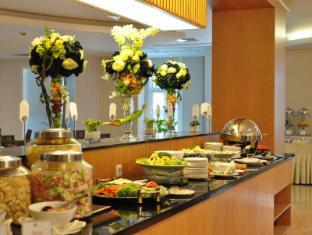 에메랄드 가든 호텔 메단 - 식당