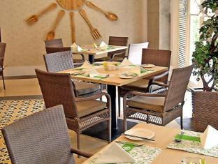 Emerald Garden Hotel Medan - Ristorante