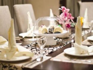 Emerald Garden Hotel Medan - soba za goste